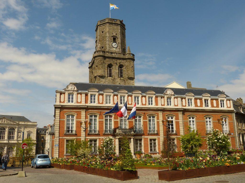 foto stadhuis Boulogne sur Mer