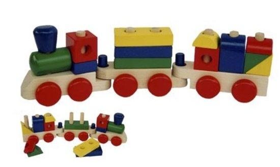 Houten trein met gekleurde blokken